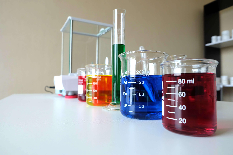 Solución integral para el sector de la pintura y la industria química